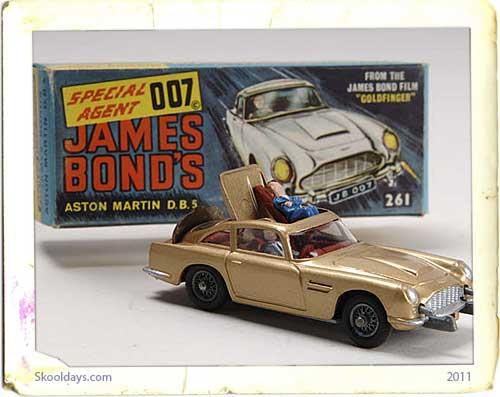 Corgi James Bond Aston Martin